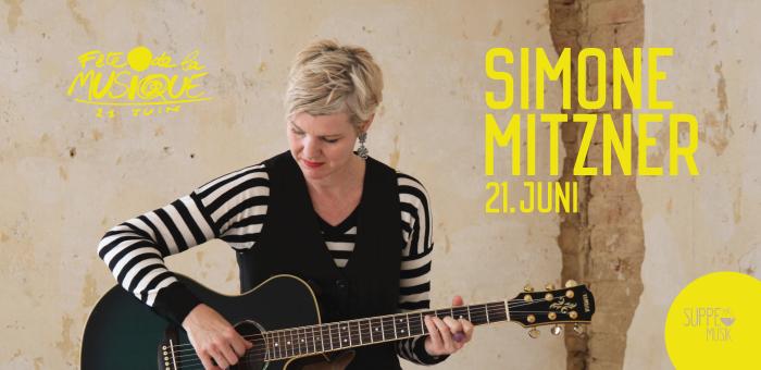 Simone Mitzner spielt am 21. Juni 2018 zum Fête de la Musique bei Suppe mag Brot in Landau. Design: RORE DESIGN - Grafikdesign aus Landau.